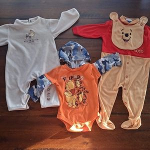 Winnie the Pooh DISNEY outfits